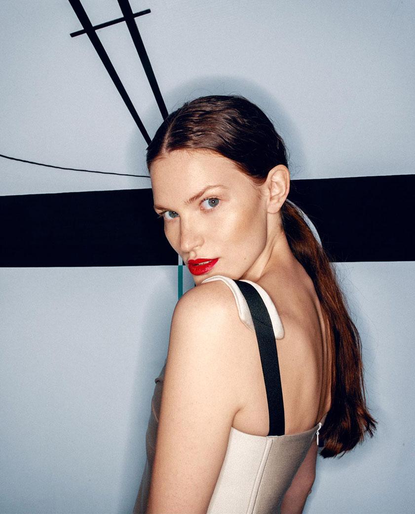 Hitech Dress by Natalie Host -realizace autorských modelů pro Natalie Host